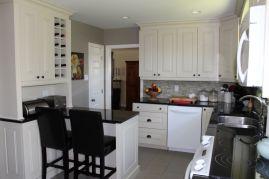 Charming Kitchen Reno