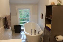 Downtown Bathroom Makeover